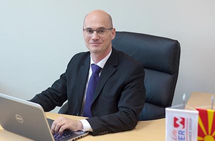 Бернд Ахац, Член на Управен одбор, Винер Лајф